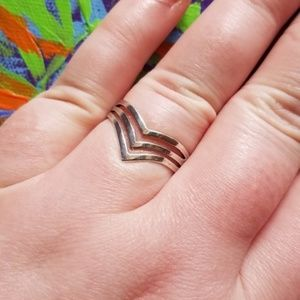 Jewelry - Vintage Sterling SILVER Stacking Chevron Pointed